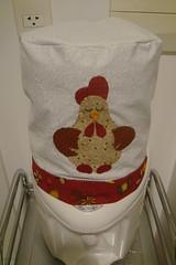 Capa de Galo - Chicken (Arte Shi Chic) Tags: galinha quilt handmade capa patchwork appliqu aplicao aplicaes patchcolagem aplicaoemtecido capaparagalodegua