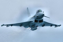 RAF Eurofighter Typhoon High Speed Run (paulinuk99999 (lback to photography at last!)) Tags: festival speed high sony air explore dorset eurofighter bournemouth 2009 vapour typhoon raf a700 paulinuk99999 sal70400g