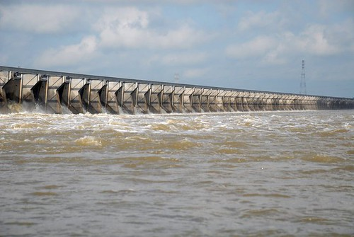 USACE opens 350 bays at Bonnet Carre Spillway