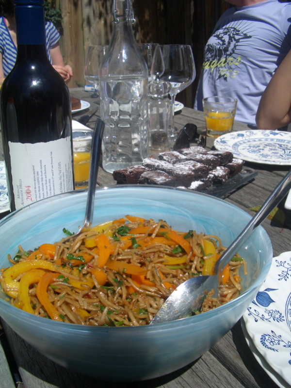 Soba noodle salad with yellow and orange capsicum