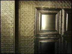 Un plafond comme un autre ( CHRISTIAN ) Tags: motif silver square montral quebec montreal ceiling qubec shining argent plafond carr brillant