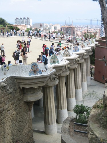 080521. plaza. parc guell.