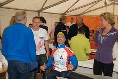 20080606-004 (Alpe d'HuZes) Tags: is fred 2008 fietsen alpe dhuez geen bourg huez doel kwf goede opgeven ooms kanker dhuzes alpedhuzes optie huzes doisan mauricewiegman