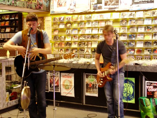 Pete Samples live! in-store performance at Music Trader on June 7 2008