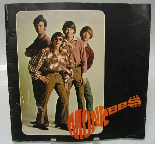 monkees_66tourbook01.jpg