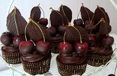 bing cherry cupcakes