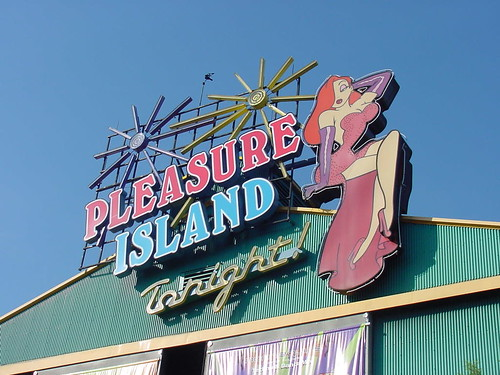"Pleasure Island - Jessica Sign • <a style=""font-size:0.8em;"" href=""http://www.flickr.com/photos/28558260@N04/2738356691/"" target=""_blank"">View on Flickr</a>"