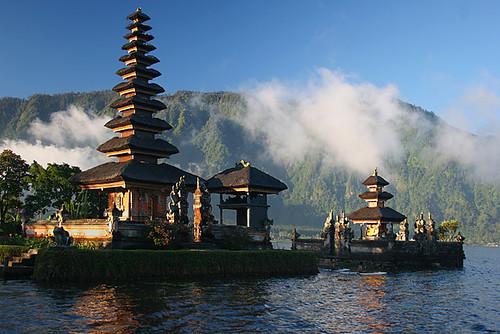 Bratan Lake, Bali por ©haddock.