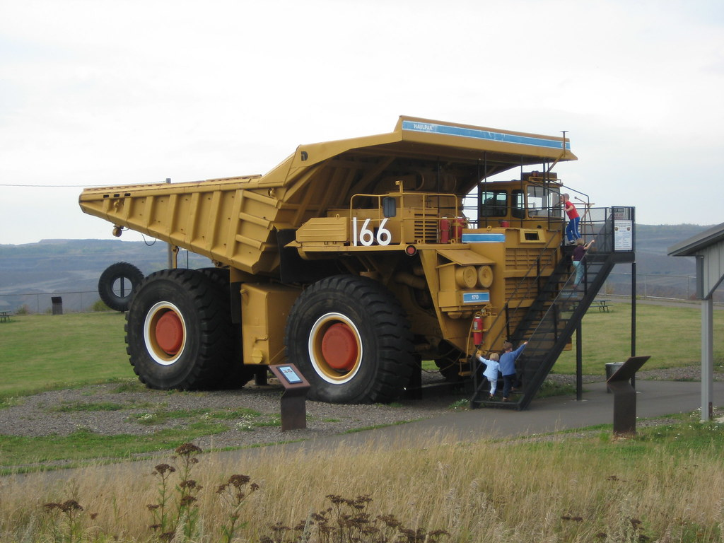 Hull Rust 7 truck