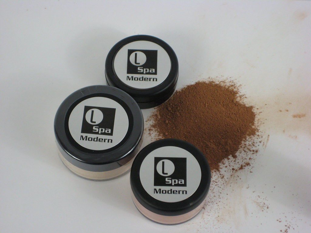 Pics of Mineral make up