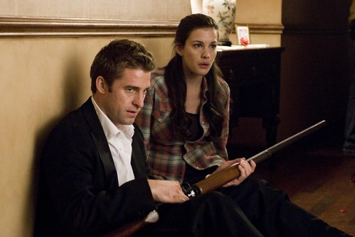 scott-speedman-e-liv-tyler-in-una-sequenza-del-film-the-strangers da te.