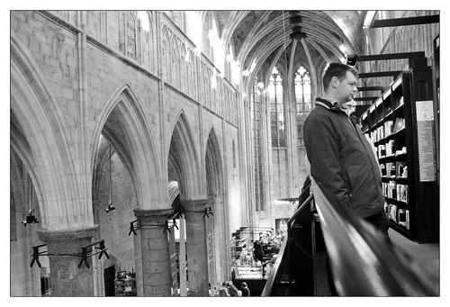 Boekhandel in kerk