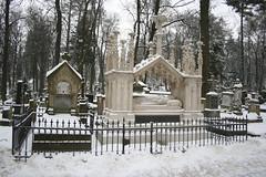 Lytschakiwski-Friedhof (buscape1969) Tags: friedhof lviv ukraine lvov ukraina cmentarz ucraine  ucraina lemberg   leopolis  lychakiv yczakowski    lytschakiwski leopoli yczakw lytschkiv