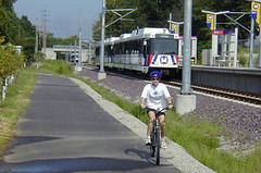 the MetroBikeLink Trail, St. Louis (by: MetroBikeLink, via Rails With Trails)