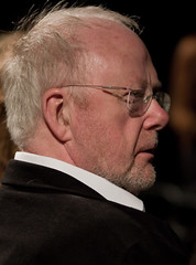 Louis Andriessen (Haags Uitburo) Tags: pictures music prijs holland netherlands dutch modern de geotagged photography louis photo dance lowlight theater foto fotografie portait kultur den picture nederland culture portrt moderne hague fotos portraiture tanz musica muziek classical musik bild haag portret 2008 nederlands bilder dans johan stichting andriessen composer cultuur niederlande nieuwe portrayal the haagse komponist uitgaan uitreiking componist klassieke niederlndisch haags regentes bildnis wagenaar uitburo quotcreative quotcanon quotla uitbureau quot100mm 40dquot nederlandvandaag canonnl dubbelspoor geo:lat=52077818 geo:lon=4283777 hayequot commonsquot f20quot