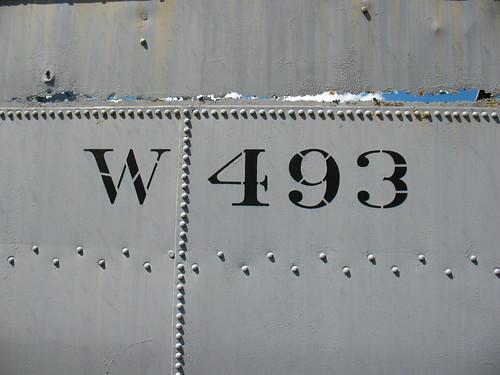 W 493