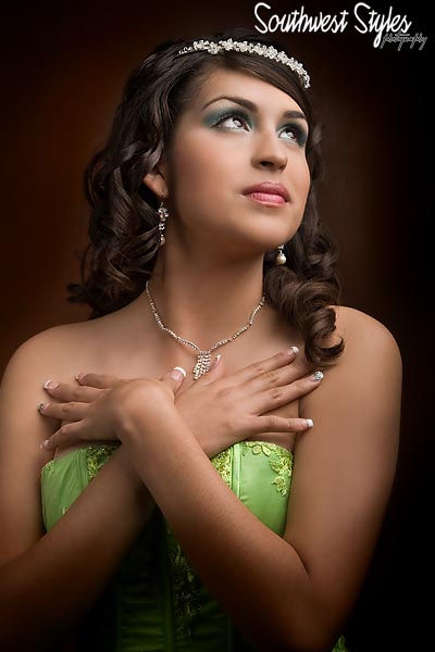 Phoenix Quinceanera Photography by a Photographer Shooting Quinceaneras