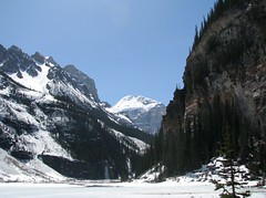 terrain (ktelqueen) Tags: terrain lake mountains scenery scenic alberta rockymountains lakelouise rugged banffnationalpark ktelqueen canonpowershots5is mariapowellphotography