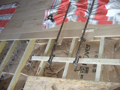 Clamping floorboards