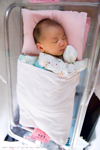 My daughter Day7 月子中心