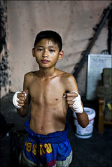 Young Fighter ( Jakub Jurkowski) Tags: boy thailand fight fighter chiangmai boxing boks jakub portrati youngfighter jurkowski muaytai