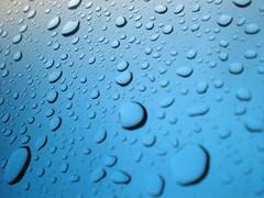- rain drops - (Mar*~) Tags: blue water rain azul drops lluvia agua eau wasser blu chuva pluie drop gotas gota blau acqua pioggia regen tropfen goccia gocce baisses naturenaturezanaturanaturnaturaleza