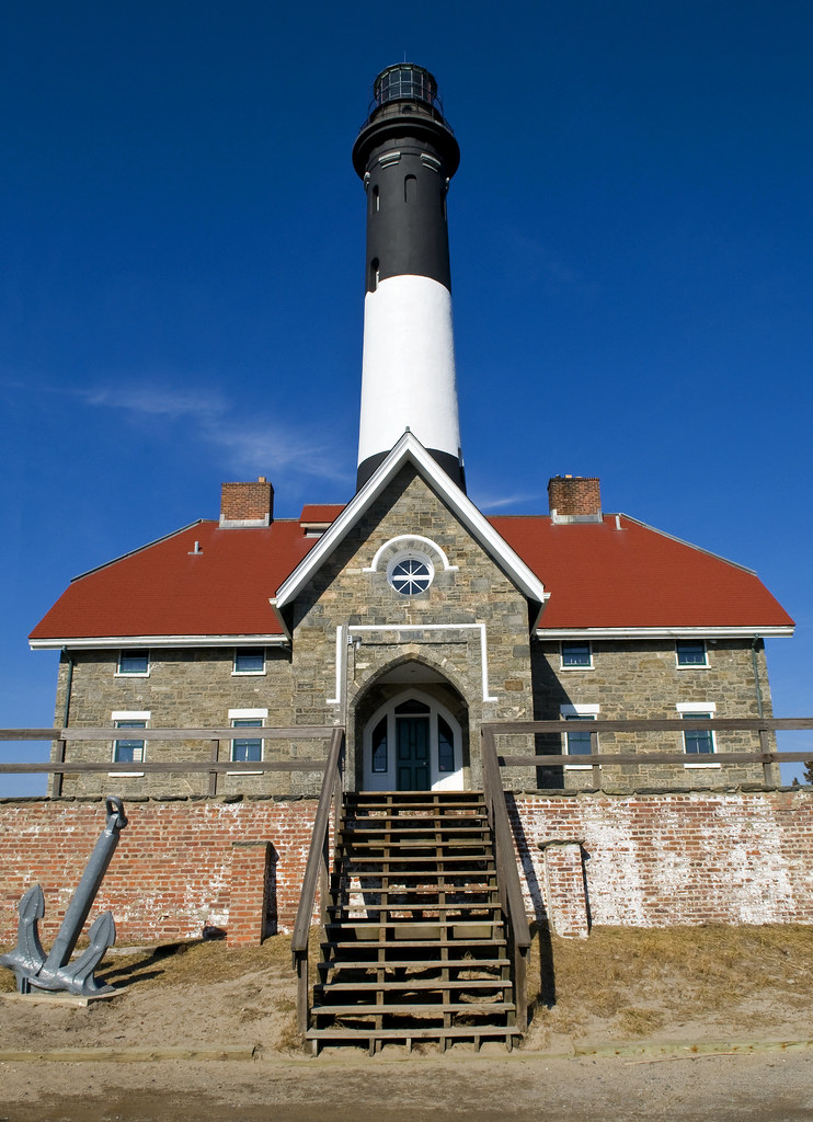 FI Lighthouse