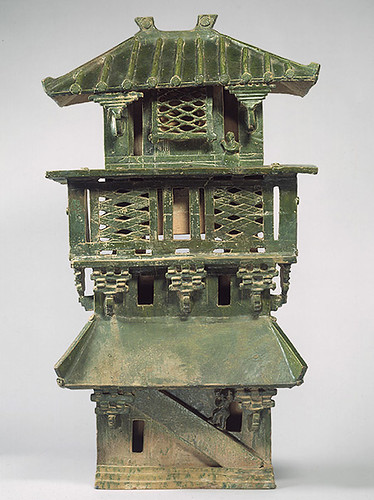 002-Torre de vigilancia central-dinastía Han Oriental (25aC-220 dC)-China - Copyrigth © 2000-2009 The Metropolitan Museum of Art