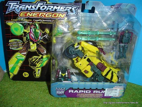 Rapid-Run Energon Combat-Class Transformers 001