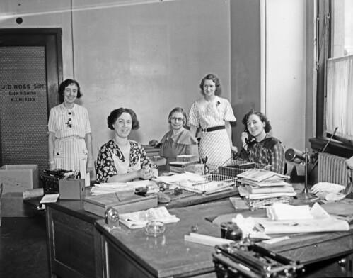 seattle work 1930s working secretaries offices officeworkers stenographers seattlemunicipalarchives