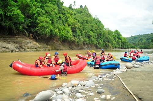 boom davao white water rafting