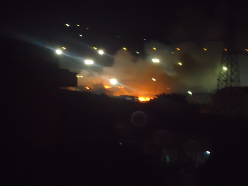 Cariche e fiamme stanotte al CIE Andolfato di S.Maria C.V.