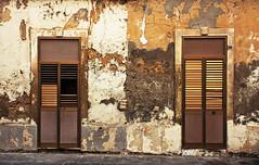 Augusta (Italy) - Old Houses (Danielzolli) Tags: italien italy italia sicily augusta altstadt oldtown italie sicilia siracusa starigrad cascoviejo sizilien sicilie starwka starowka wochy cascohistorico italija sycylia taliansko taljansko syrakusa