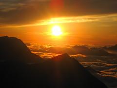 Sonnenuntergang - Sunset bei der W.ildstrubelhütte ( BE - 2`791m - 1x ) in den Alpen - Alps im Berner Oberland im Kanton Bern der Schweiz (chrchr_75) Tags: hurni christoph schweiz suisse switzerland svizzera suissa swiss chrchr chrchr75 chrigu chriguhurni 0609 september 2006 hurni060908 sonnenuntergang sunset coucher du soleil zonsondergang tramonto 夕日
