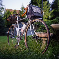 (Jay Divinagracia) Tags: 120 6x6 film bike rolleiflex vintage mediumformat cycling fuji archive raleigh tourist pro fixed fixie fixedgear touring adsl honjo fujicolor austrodaimler strobist 160c rampar lighting102 workthatcto archivepublic