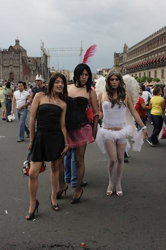 Tres Chicas Lindas