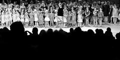 Ms. Olga van Koningsbrugge (Mingfong) Tags: bw ballet netherlands fun dance play story stories 黑白 zeist ijsselstein 藝術照 桌布 黑白攝影 mingfongjan msolgavankoningsbrugge olgavankoningsbrugge fulcotheather bubbelsenbengels sketchoflight mingfongphotography