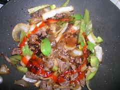 Beef, onions 'n' peppers stir fry