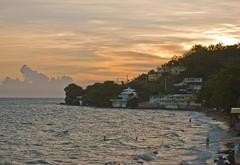 Atardecer en Aasco (Jorge Rodriguez) Tags: sunset sea atardecer mar puertorico caribbean caribe aasco