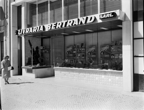 Livraria Bertrand, Lisboa (Portugal) by Biblioteca de Arte-Fundação Calouste Gulbenkian.