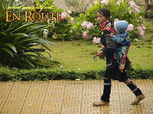 Sapa Hmong Sibling Walk