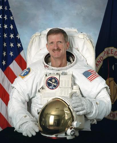 L'astronaute Joe Tanner prend sa retraite 2835120467_3b2fa61804