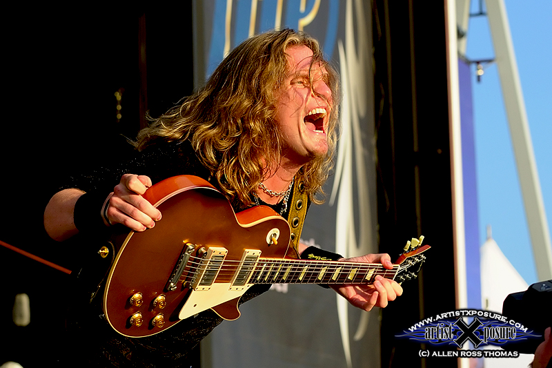 Joel Hoekstra of Night Ranger