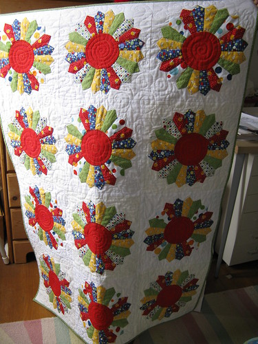 Dresden Plate Baby Quilt