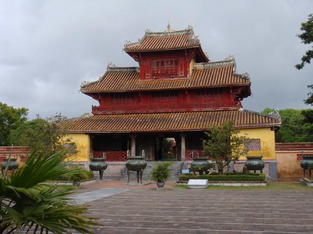 Dai Noi --Imperial palace Hue 22t.JPG