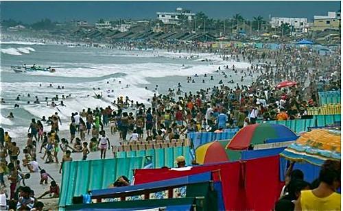 Ecuador-beach-carnival