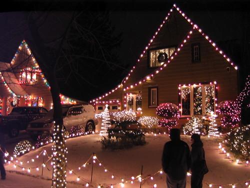 Portland Christmas Lights on Peacock Lane