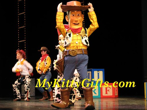Hello Kitty's View of Woody of Toy Story in The Golden Mickeys Show of Hong Kong Disneyland