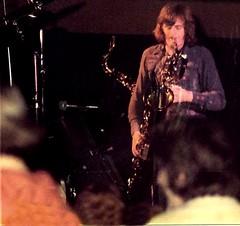 1977 - Pink Floyd - Dick Parry, sax (Affendaddy) Tags: pinkfloyd 1977 26january frankurt frankfurtfesthalle collectionklaushiltscher rockconcertfotos theanimalstour