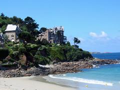 184.09.07.2004 BRETAGNE - Perros Guirec plage de Trestrignel (alainmichot93) Tags: mer france architecture maisons bretagne 29 plage mache fort finistre perrosguirec